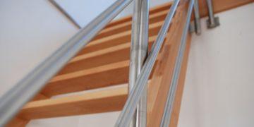 Trappen in hout op maat Schrijnwerkerij Gebroeders Liebens